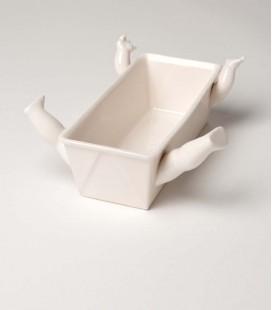 Molde de bizcocho cerámica con brazos y piernas
