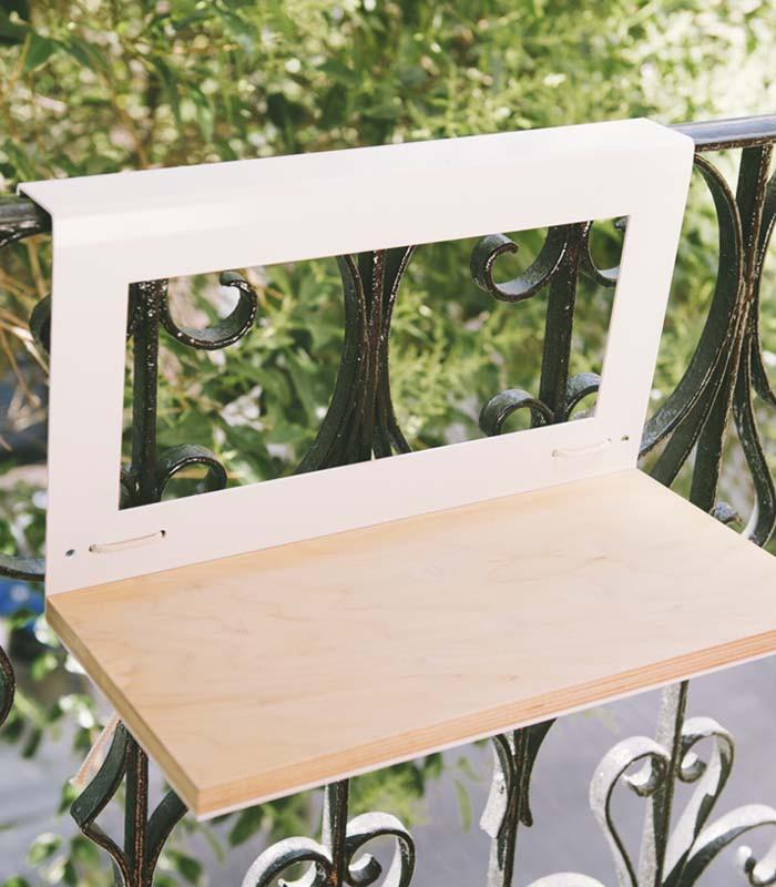 Mesa para balcon mesa para balcon conjunto de madera for Mesa plegable para balcon