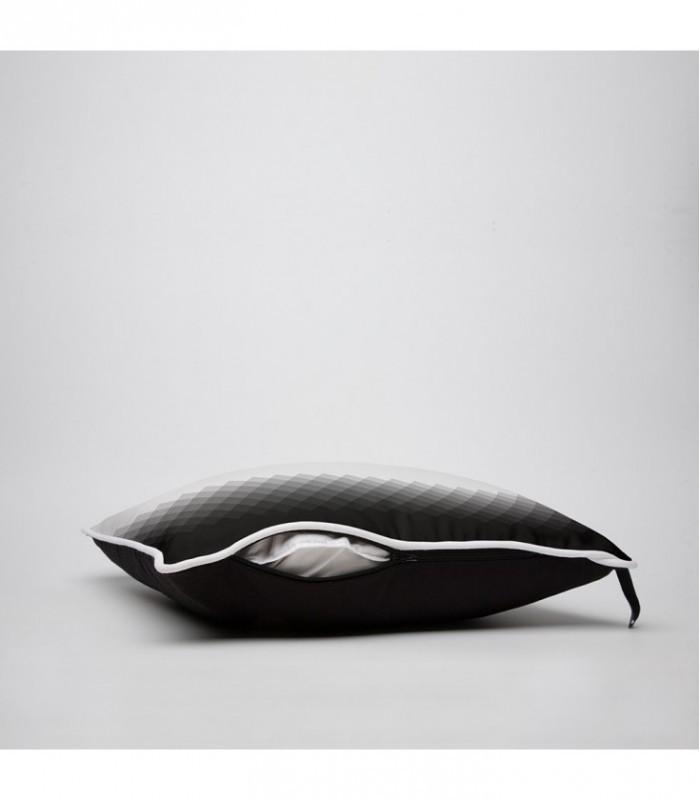 coussin d co design d grad lumineux en noir et blanc. Black Bedroom Furniture Sets. Home Design Ideas