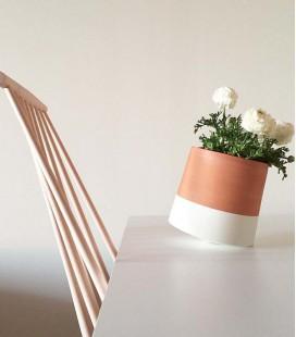 Pot de fleurs design en terre cuite - taille moyenne