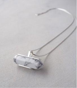 Colgante de plata y magnesita con cadena de plata para mujer MARBLE