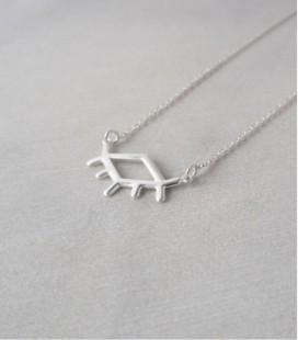 Collar de plata de diseño contemporáneo y minimalista EYE