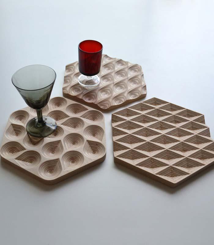 dessous de plat design en bois drops coolfidential. Black Bedroom Furniture Sets. Home Design Ideas